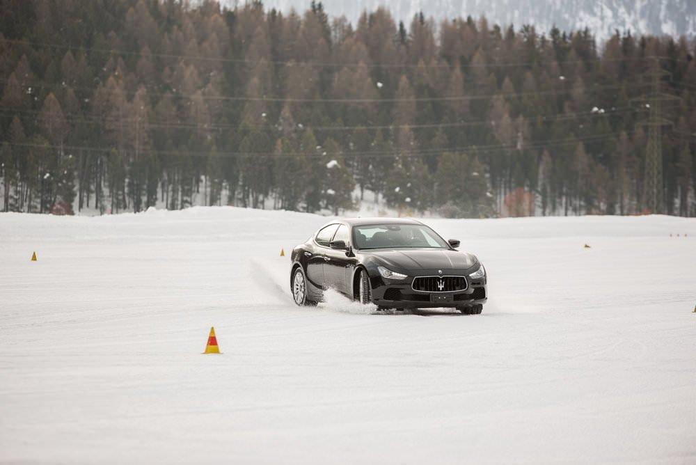 J'ai conduit une Maserati sur la neige et voici ce qu'il s'est passé.... 6