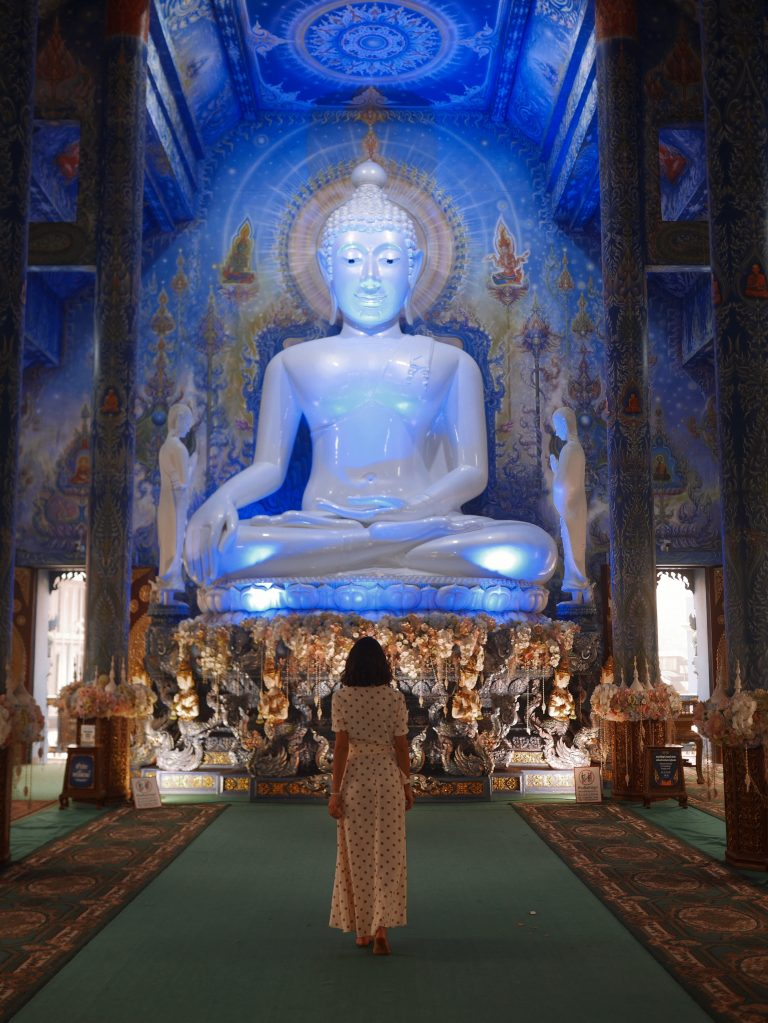 Blue-temple_ChiangRai