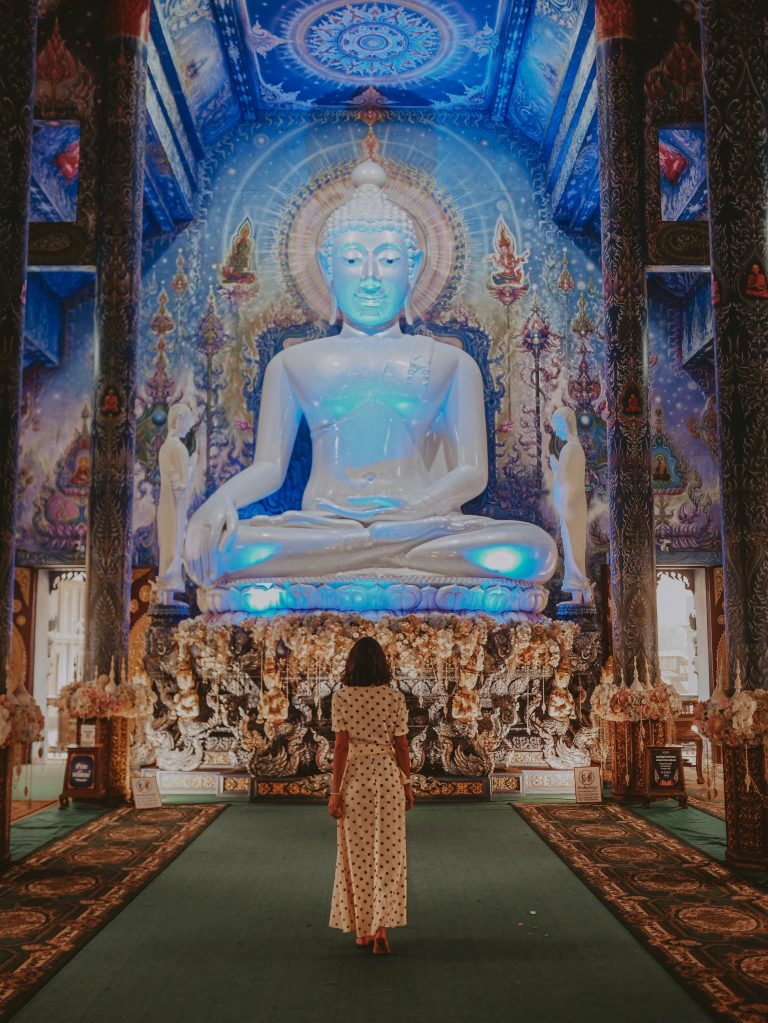 blue-temple-morgane-chiang-rai-