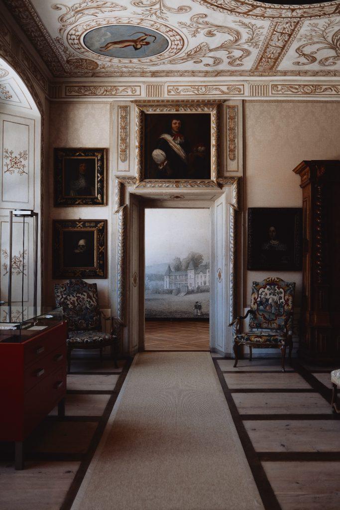 Chateau Waldegg decoration