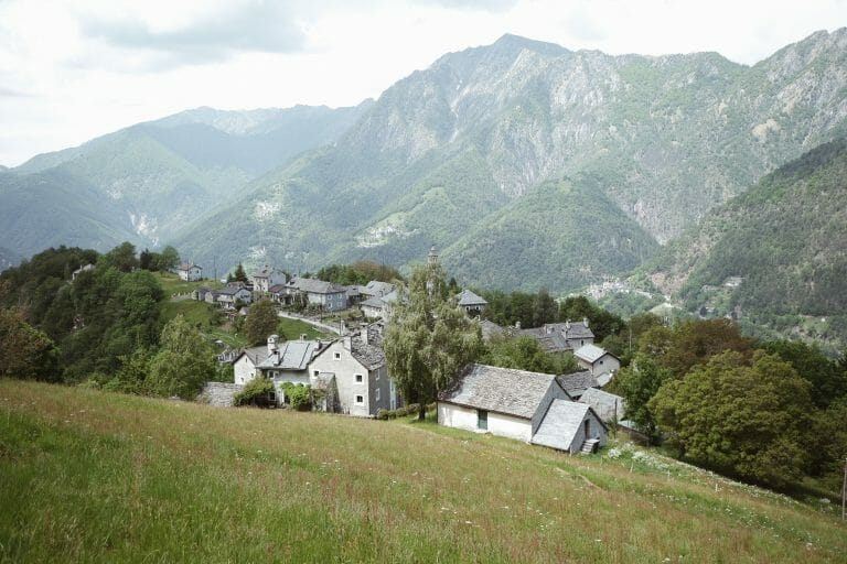 tessin-rasa-vue-village