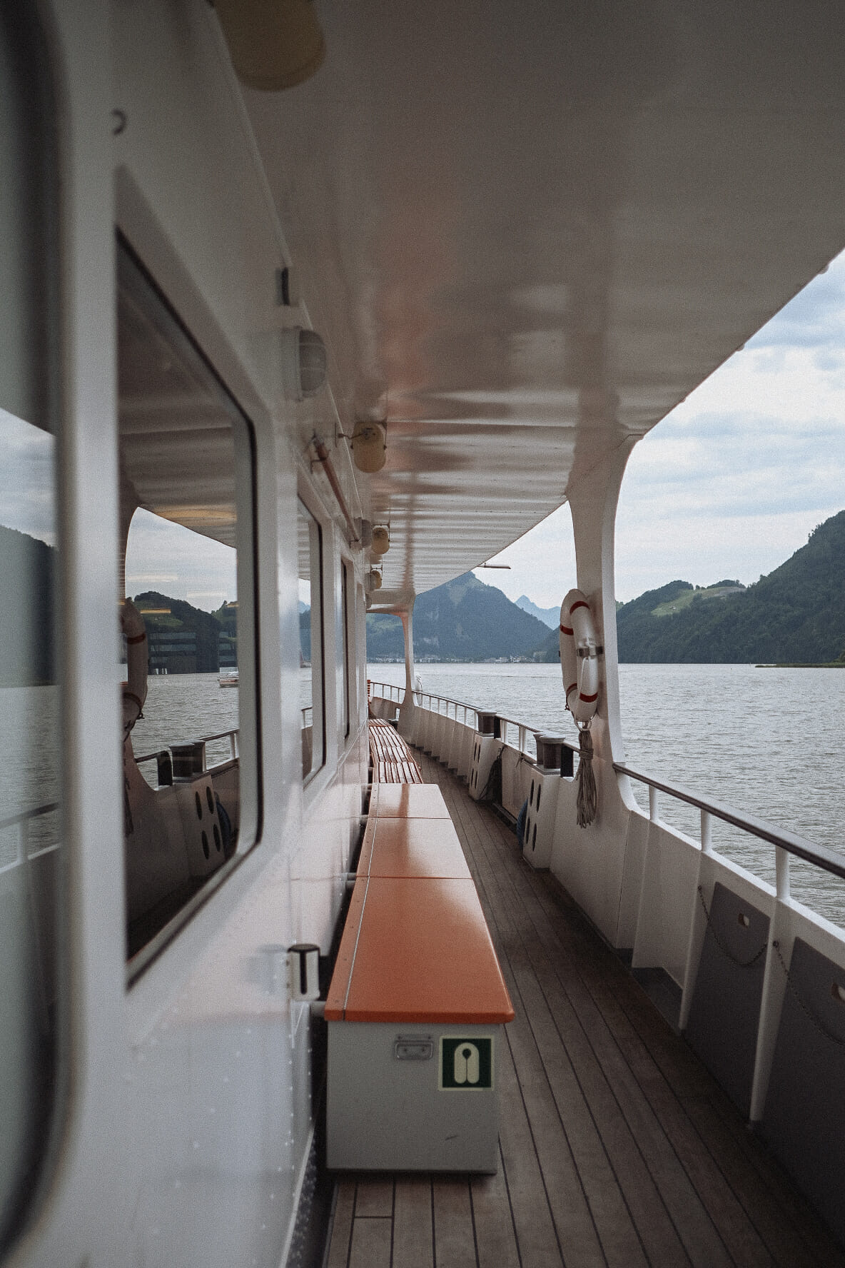 bateau-lac-des-4-cantons-lucerne
